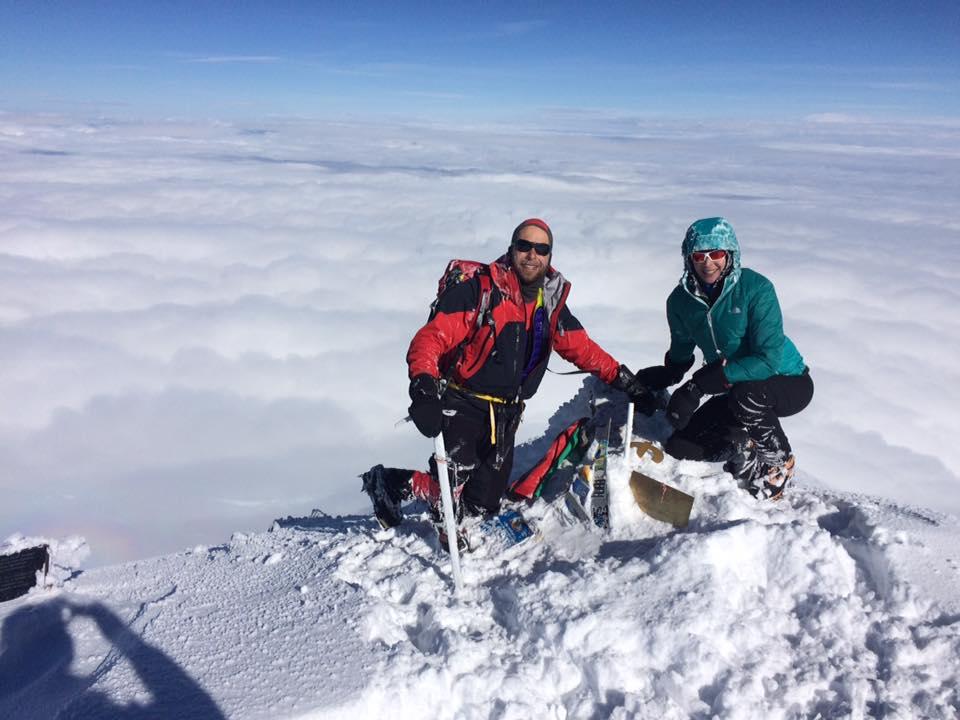 Szilárd és Tímea az Elbrusz csúcsán
